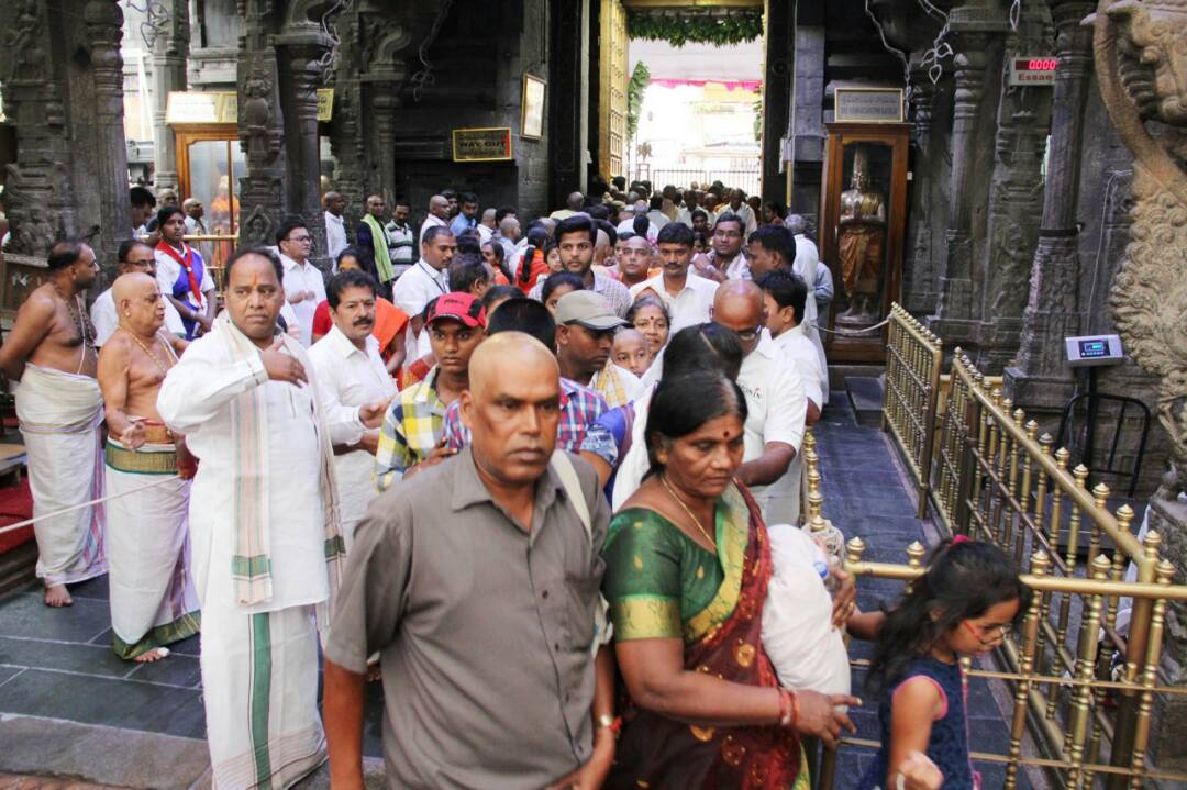 Heavy rush in Tirumala