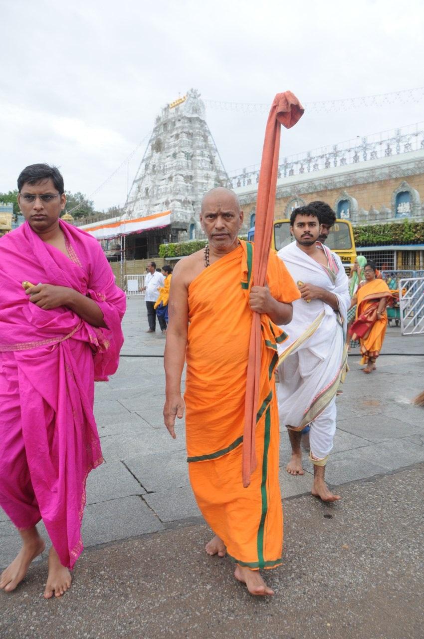 suvidendra theertha swamiji
