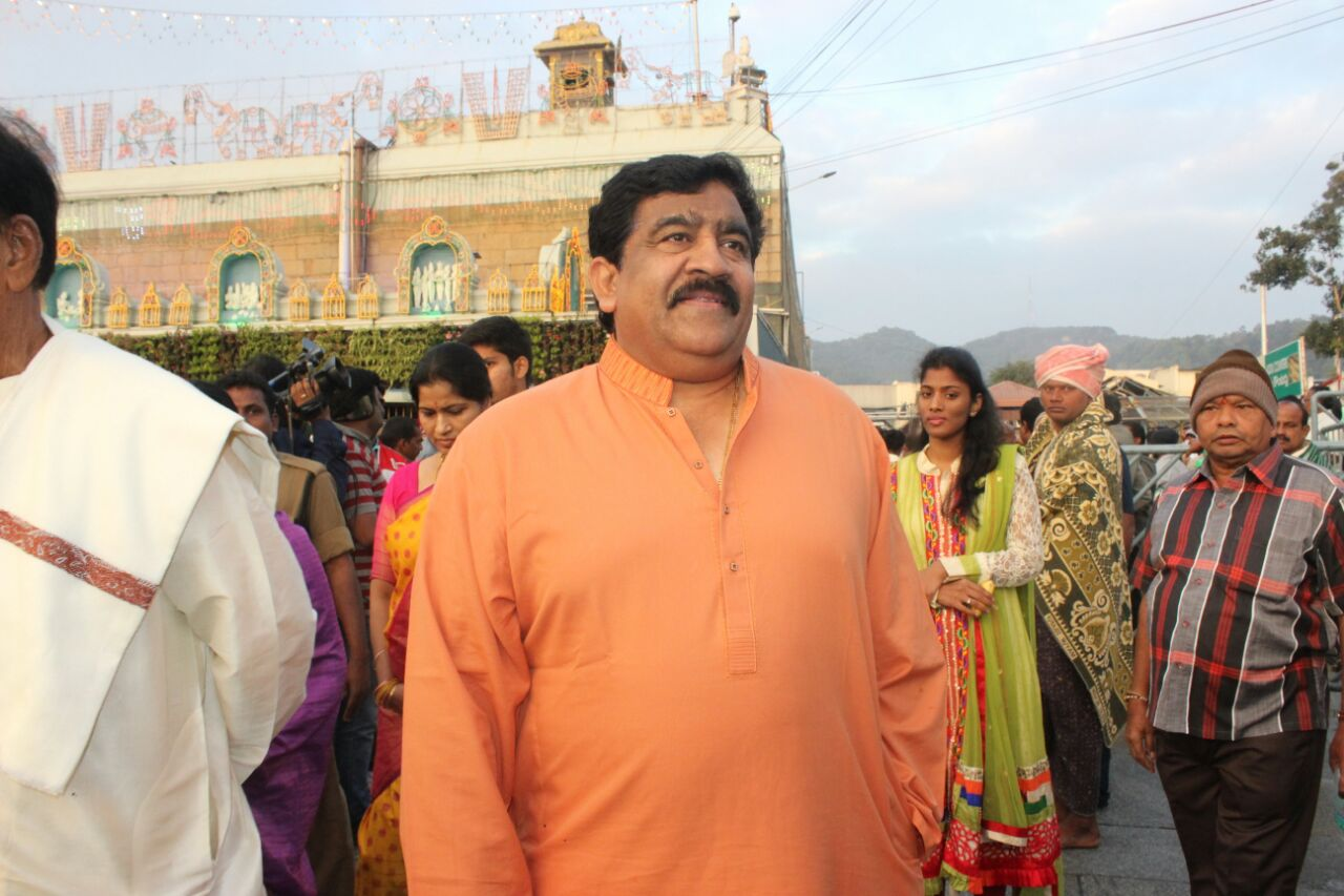 vips and political leaders visit tirumala on eve of
