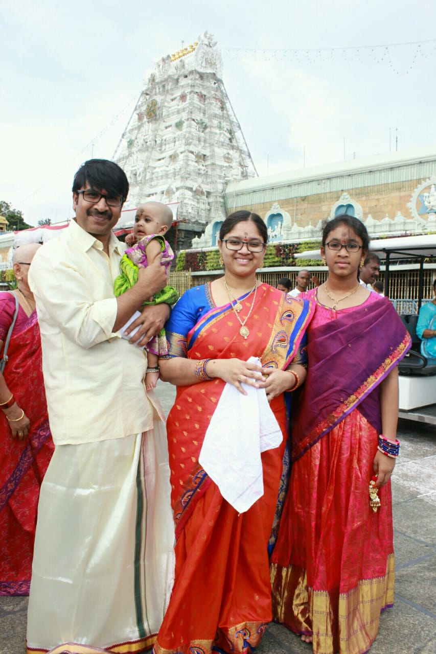 Actor Srinivas Reddy offered prayers at Tirumala with Family