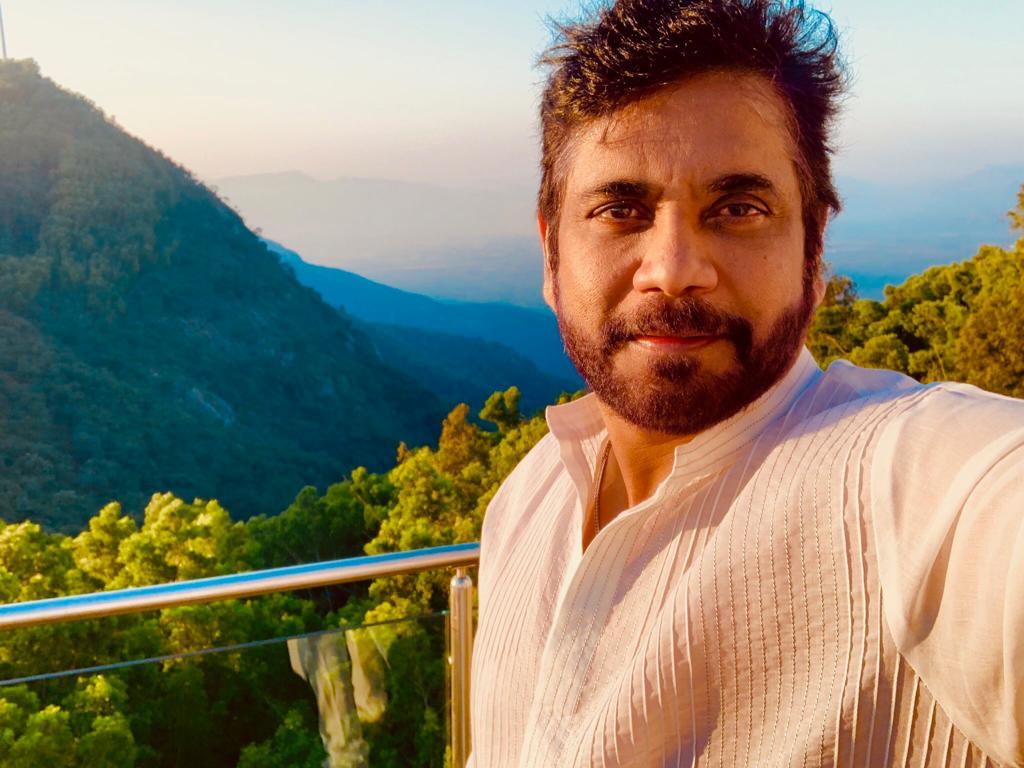 Nagarjuna selfie